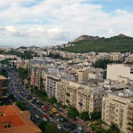 Skąd się wzięły nazwy głównych placów Aten?